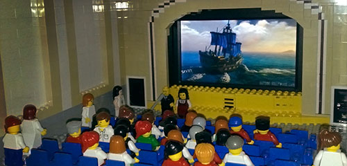 Minifigs love Men O' War